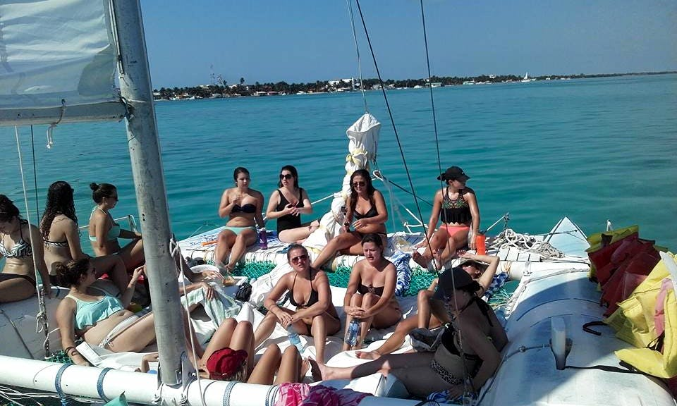 Daysailer Rental in Belize