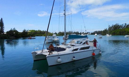34' Cruising Catamaran Charter In Sandys, Bermuda