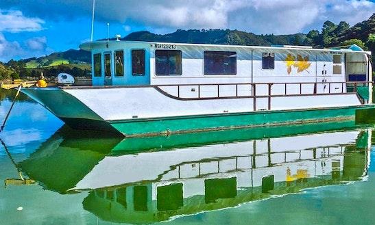 Charter 42' Maple Leaf Houseboat In Totara North, New Zealand