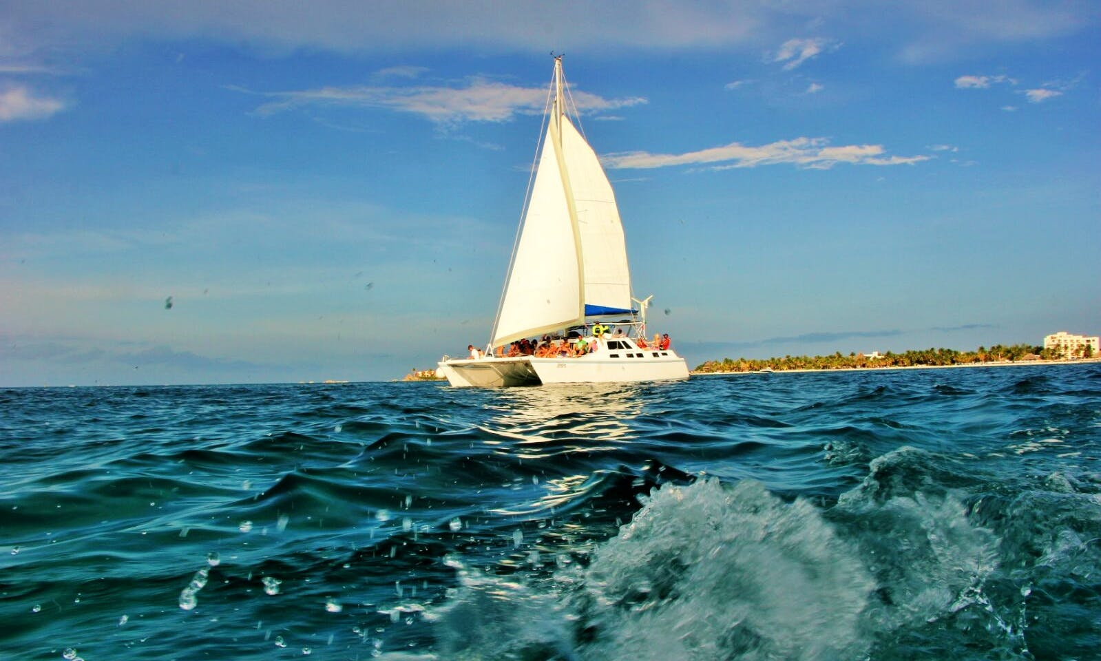 Lite Tour to Isla Mujeres (shared basis) 12:30 to 5:00 pm