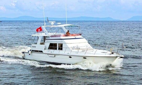 Charter 52' Lazydays Dyna Power Mega Yacht in Hong Kong Island