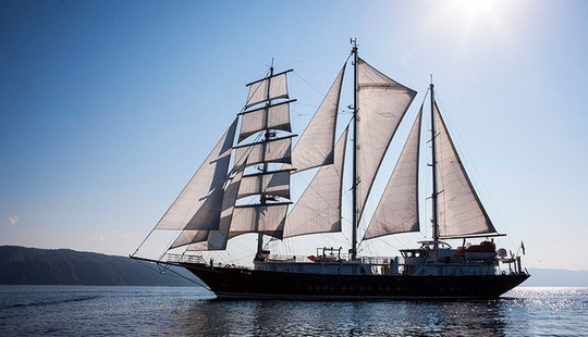 Sailing Luxury Yacht Charter In Valletta