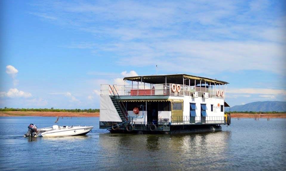 Charter a Houseboat in Kariba, Zimbabwe