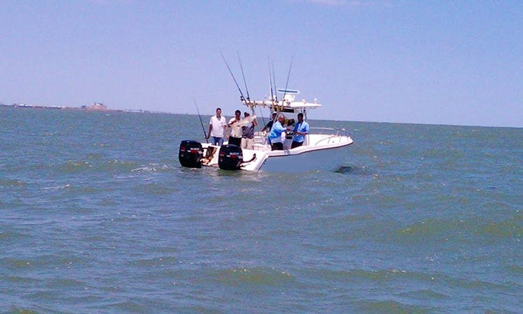 State Water Fishing Trips On 30ft Prokat Boat From Surfside, Texas
