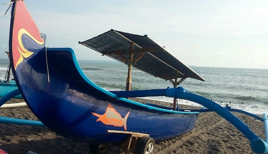 Enjoy With Friends On This 2 Persons Traditional Boat In Mengwi, Bali