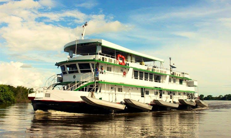 Barco Babilônia - Pantanal - Cáceres / MT