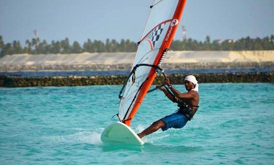 Enjoy Windsufing In Malé, Maldives