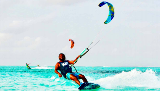 Enjoy Kiteboarding In Malé, Maldives