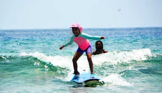 Enjoy Surf Lessons In Malé, Maldives