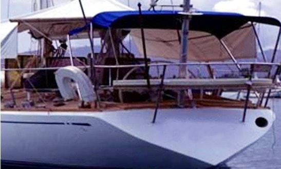 Crewed Charter On 47ft