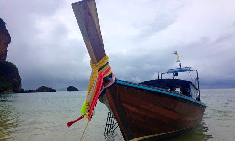 Rent a Boat Private Tour 2 days in Koh Phi Phi, Krabi