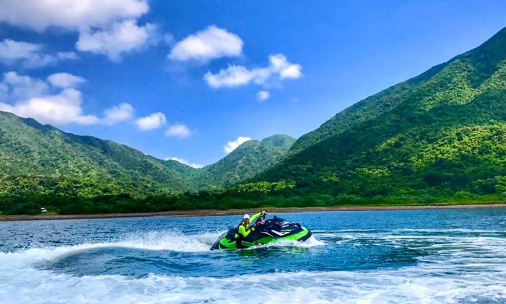 Rent a Jet Ski in Hong Kong
