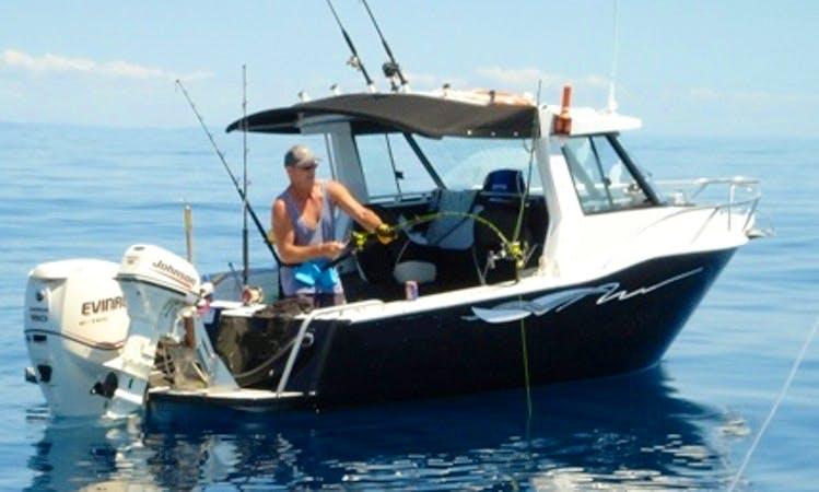 Enjoy Fishing in Mangawhai Heads, Northland with Captain Tony