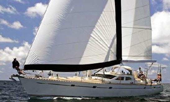 Sailing Mega Yacht Private Charter In Honolulu
