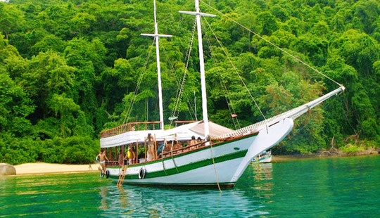 Cruising Experience & Boat Tour Aboard A 30 Passenger Boat In Paraty, Brazil