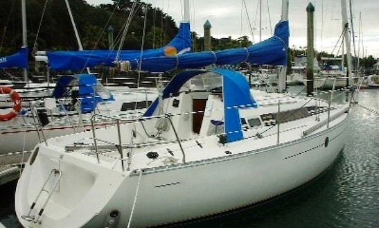 Enjoy 28' Beneteau 285 Charters In Auckland