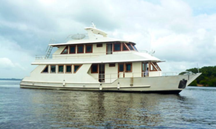 Houseboat Charter and Boat Tours in the Amazon
