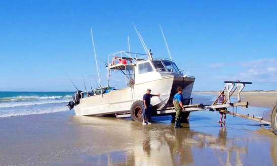 Enjoy Fishing In Ahipara, Northland On 30' Cuddy Cabin