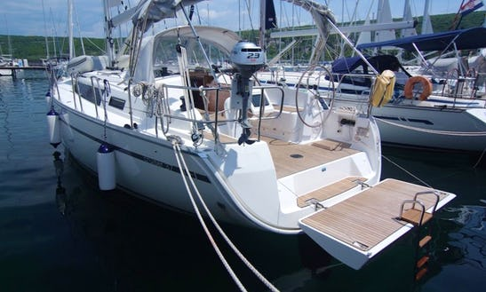 Charter Bavaria Cruiser 37 In Punat