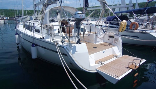 Charter Bavaria Cruiser 37 In Punat