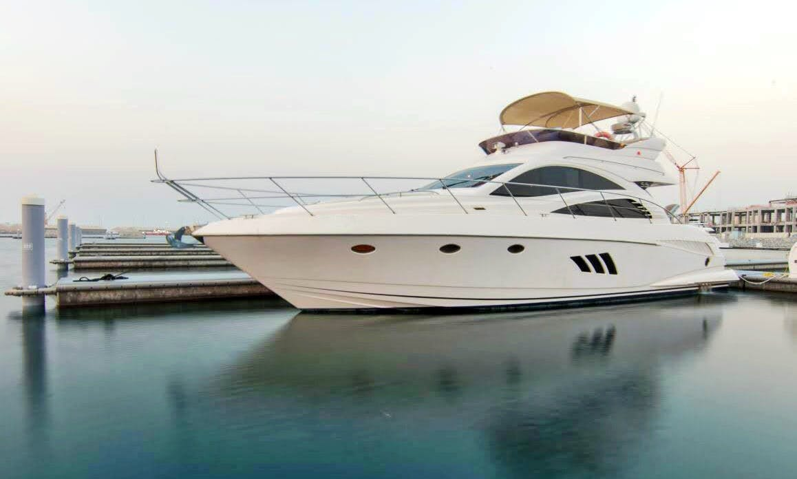 56ft Yacht Charter - Dubai United Arab Emirates