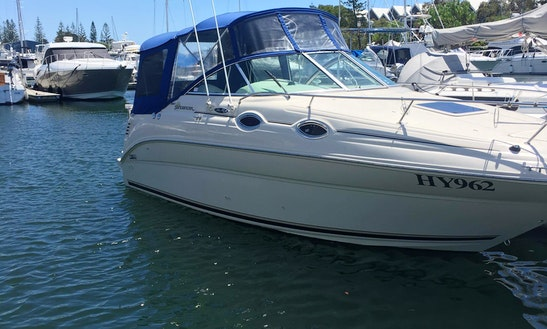 Sports Yacht Rental In Gold Coast