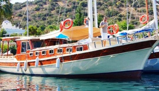 Charter 59' Explorer Gulet In Bitez, Muğla