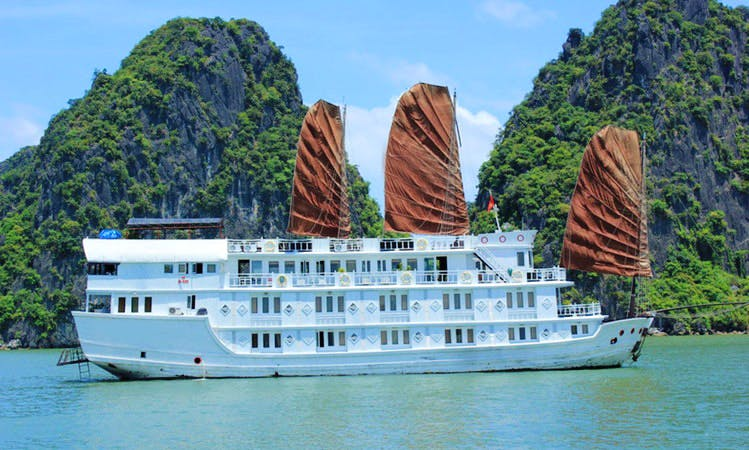 Halong Bay Cruise 3 Days/ 2 Nights