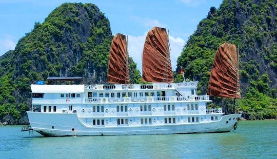 Halong Bay Cruise 3 Days/ 2 Nights