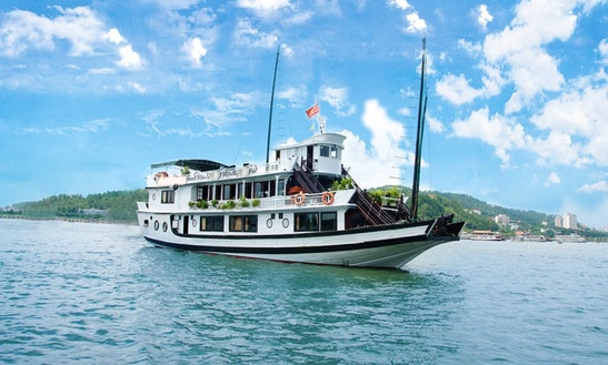 Halong Bay Paragon Cruises