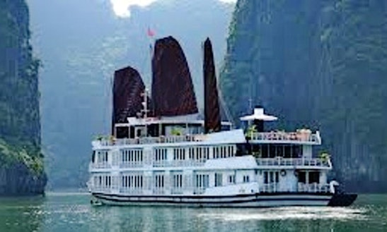 Pelican Cruise Halong Bay 2d1n