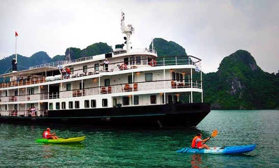 Cruising Catamaran Rental In Hanoi
