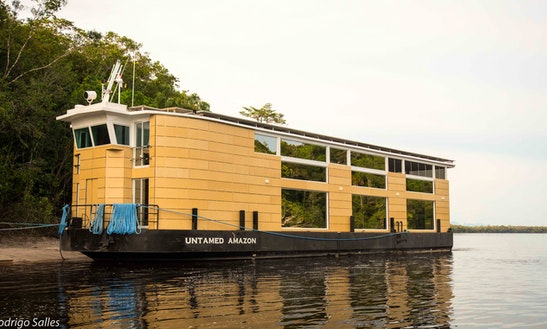 Passenger Boat Rental In Amazonas