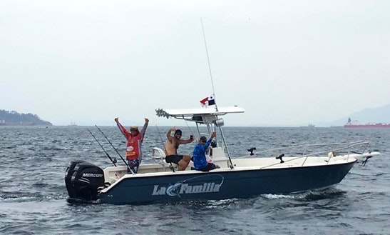 Enjoy Fishing In A 5 Person Center Console Fishing Charter In Panamá City, Panama