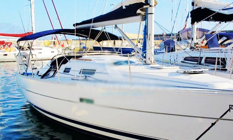 Cruising Beneteau 323 Charter with 2 Spacious Cabins in Funchal, Madeira