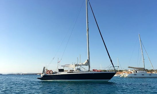 36' Cruising Monohull For Day Charters In Islas Baleares, Spain