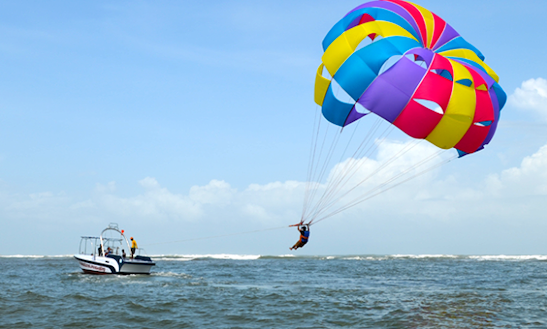 1 Round Of Exciting Parasailing Ride In Malvan, Maharashtra