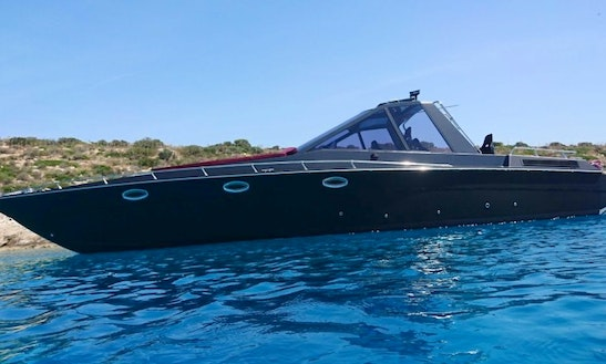 Charter 41' Apollo Motor Yacht In Ornos, Greece