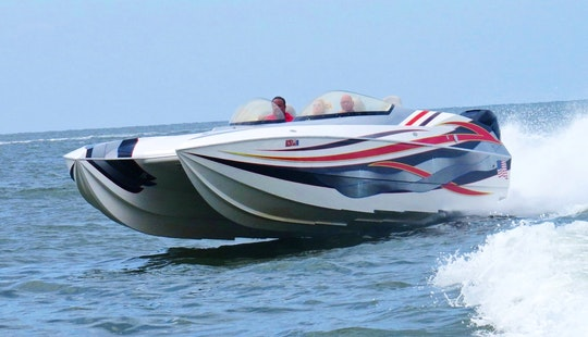 36' Skater Speed Boat Available For Hourly Charters In Miami
