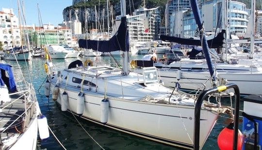 Jeanneau 37 Yacht Cruises To Canary Islands