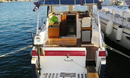 Motor Yacht Hire In Murter