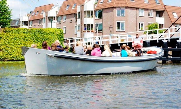 Sloop for 18 people - Boat Hire Kagerplassen and Leiden
