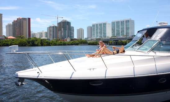 40 Feet Cruisers Motor Yacht Rental In Hallandale Beach, Fl