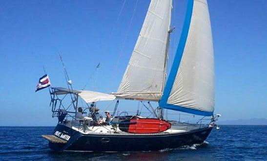 Charter 40' Hunter Legend Cruising Monohull In Coco, Costa Rica