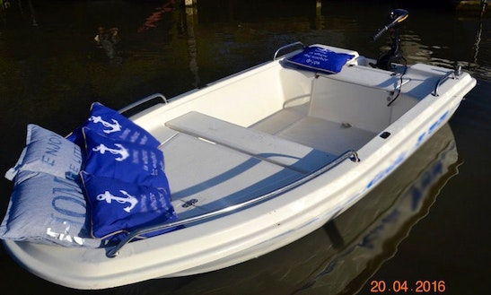 Rent An Electric Boat In Beesd, Gelderland
