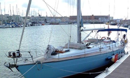 Offshore Yacht Charter In Rotterdam