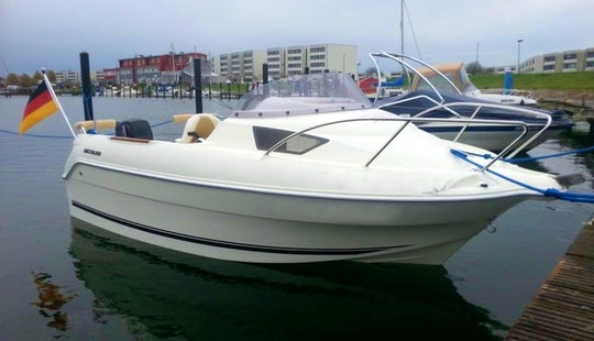 Rent Quicksilver 470 Motor Boat In Fehmarn