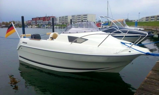 Rent Quicksilver 470 Motor Boat In Fehmarn