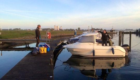 Rent 17' Motor Boat   In Fehmarn