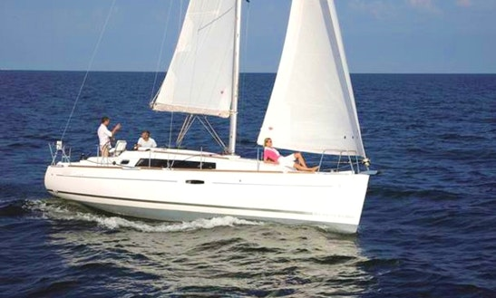 34' Oceanis Sailing Yacht